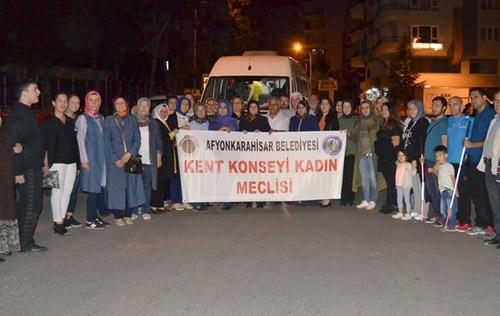 Afyon'lu kadınlar Diyarbakır'a gittiler