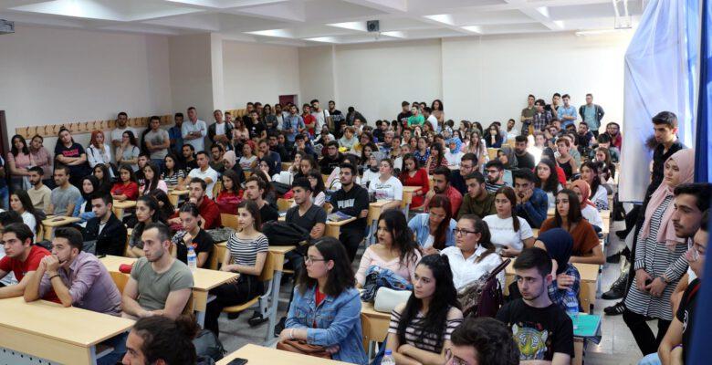 Öğrencilere oryantasyon eğitimi verildi