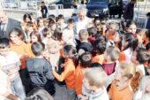 Başkan Zeybek, minik öğrencilerle buluştu