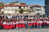 Minikler Mevlid Kandili'ni kutladı