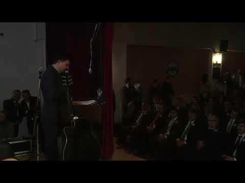 Atatürk dünyaya örnek lider