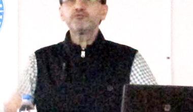 Prof. Dr. Aslan: Hak almayı değil, hak vermeyi öğrenmeliyiz