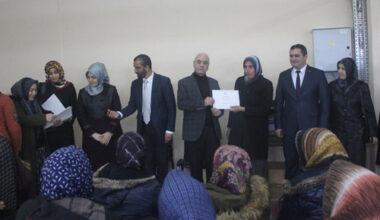Eğitim alan kadın ustalar sertifikalarını aldı