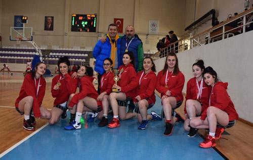 Kızlarda Spor Lisesi ikinci oldu