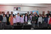 Genç girişimcilerden eğitme destek