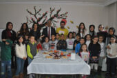 Hasel, kitabını Özdilek Çocuk Kulübü'nde imzaladı