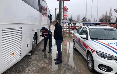 Jandarma bir haftada 116 yolcu otobüsünü denetledi