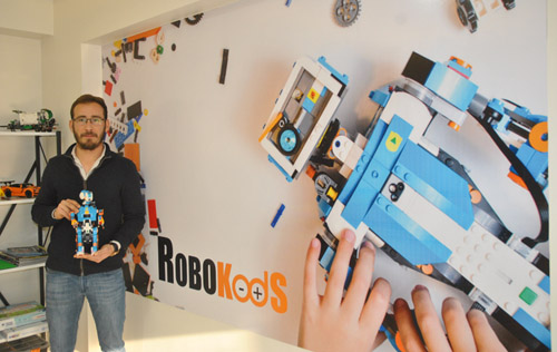 ROBOKods'da 5-12 yaş arası çocuklar tanıtım dersine bekleniyor