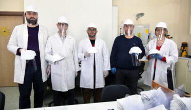 AKÜ'de akademik ekip, koronavirüsle mücadele için mesaide