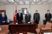 Fen Edebiyat Fakültesi'nde  devir teslim töreni düzenlendi