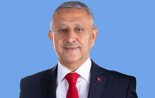"""Başkan  Zeybek'ten  dükkan sahiplerine çağrı: """"Kira bedellerinizi erteleyerek   esnafımıza destek olun"""""""