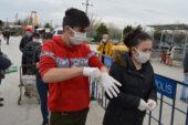 Pazar yeri girişlerinde ücretsiz maske dağıtım önerisi