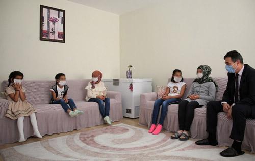 Emniyet Müdürü Temiz,  Çocuk Evleri'ni ziyaret etti