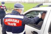 Jandarmadan maske denetimi: 19 kişiye toplam  17 bin 100 lira para cezası kesildi