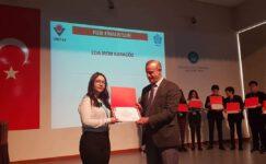 Fen Lisesi öğrencisi Türkiye 3'üncüsü oldu