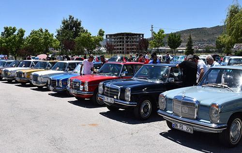 Klasik Mercedes tutkunları Afyon'da buluşacak