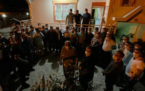AK Parti heyetinden Dişiçürük'e geçmiş olsun ziyareti