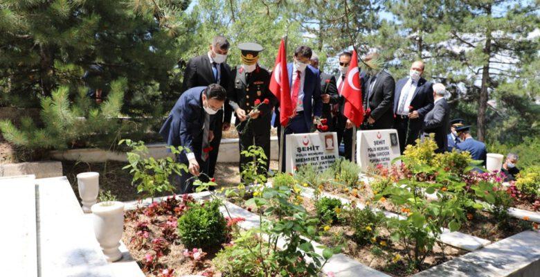 Afyon'da şehit mezarları yenilenecek