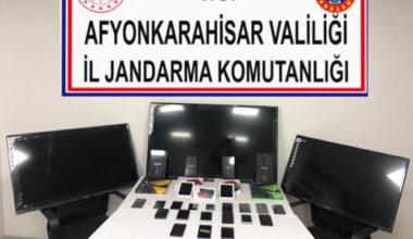 Kaçak televizyon ve telefonlar yakalandı