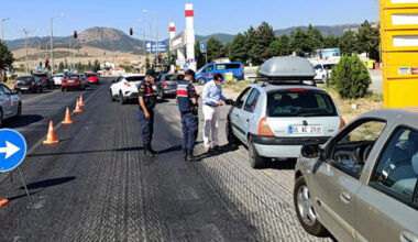 Kaymakam Tekeş, trafik  kontrollerini denetledi