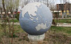 """Kent Meydanı'na """"Dünya"""""""