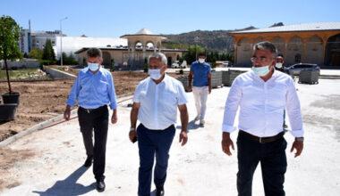 Paşa Camii'nde çevre düzeni çalışmaları sürüyor