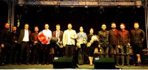 Afyon'da ilk kez arabada konser düzenlendi