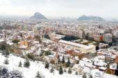 Afyon'a yılın ilk karı yağdı